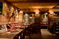 Restaurant Post Restaurant-Post-Zermatt-Schreinerei-Schnidrig-Visp-1.jpg